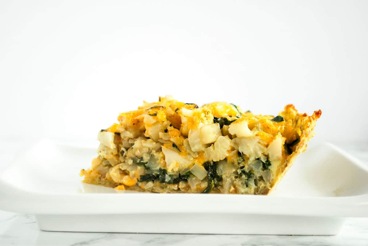 cauliflower and cheese pie - declicious vegetarian comfort food adapted from the Moosewood Cookbook