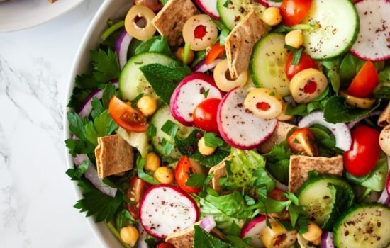 Fattoush Salad with Chickpea