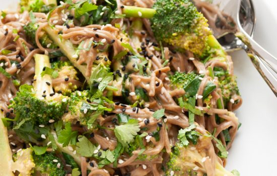 Peanut Soba Noodles with Broccoli and Spinach