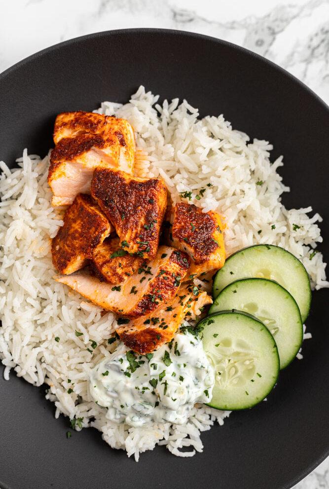 tandoori salmon with raita