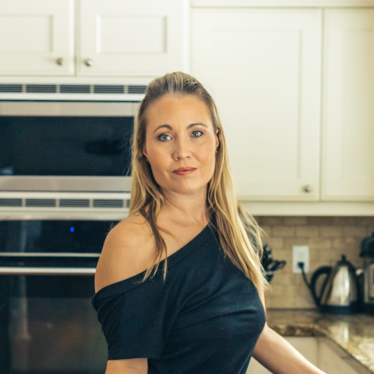 Courtney, recipe developer and food photographer