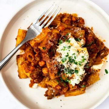 lamb ragu with rigatoni and ricotta