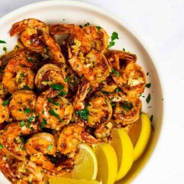 a top down view of a plate of Hawaiian garlic shrimp
